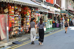 Bustling street of Chinatown district in Singapore Royalty Free Stock Photos