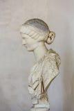 Busto antigo da mulher nos banhos de Diocletian em Roma Imagens de Stock