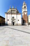 busto arsizio在教会封锁了砖塔边路它 图库摄影