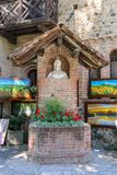 Busto artistico nel cortile del castello di Grazzano Visconti, Ital Fotografie Stock