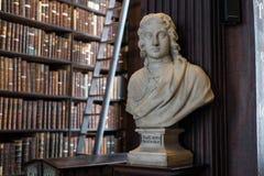 Busto del Pembroke in Trinity College Immagini Stock