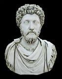 Busto della statua di un Emporer romano, isolato sul nero fotografia stock