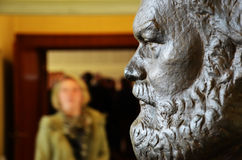 Busto di Karl Marx al museo di Stasi (Berlino) Fotografie Stock Libere da Diritti