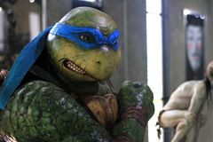 Busto Ninja Turtles Figure Model en la exhibición en el M Cafe imagen de archivo libre de regalías