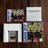 Busto-UM-movimento 2 - jogo de Game Boy Fotos de Stock Royalty Free