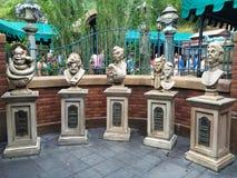 Bustos assombrados da mansão Imagens de Stock Royalty Free