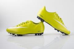 Buta Nike piłka nożna Obrazy Royalty Free