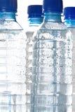 buteljerad kallt vatten royaltyfri bild