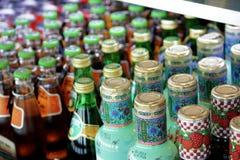 Buteljerade drinkar i Seoul Royaltyfria Foton