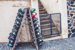 Buteljerar av wine Arkivfoto