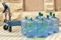buteljerat vatten Arkivfoton