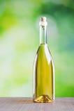 butelkę białego wina Obrazy Royalty Free