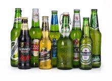 Butelki asortowani zimni piwa Obrazy Royalty Free