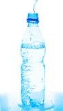 butelki dolewania woda zdjęcia royalty free