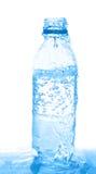 butelki dolewania woda zdjęcie royalty free