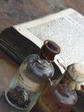 butelki lekarstwa Zdjęcia Royalty Free