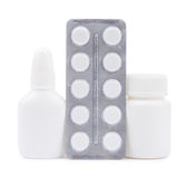 Butelki medycyny i pigułki w bąbel paczce Fotografia Stock