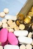 butelki medycyny pigułki Obraz Royalty Free
