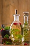 butelki oliwią oliwki zdjęcie stock