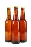 Butelki piwo z kroplami odizolowywać na bielu Zdjęcia Stock