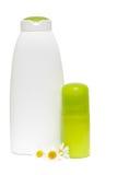 butelki rumianku kosmetyki kwitną zdrój zdjęcia stock