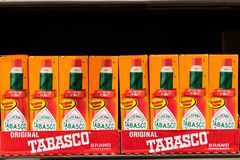 Butelki Tabasco gatunku gorący kumberland obraz stock