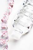 butelki wody środek taśmy Zdjęcie Stock