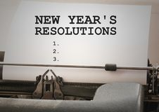 Buts de résolution de nouvelle année dactylographiés sur la machine à écrire Photo stock