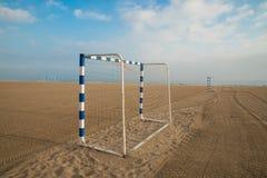 Buts du football de plage Image stock