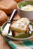 Butter auf dem Tisch Stockfotos