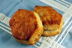 Buttermilch-Biskuite lizenzfreie stockfotos