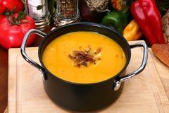 Butternut-Kürbis-Suppe Stockbild