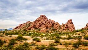 Buttes красного песчаника Papago паркуют около Феникса Аризоны Стоковые Изображения