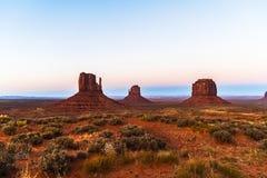 Buttes en vallée de monument Photos stock