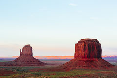 Buttes at sunset, The Mittens, Merrick Butte, Monument Valley, A Royalty Free Stock Photos