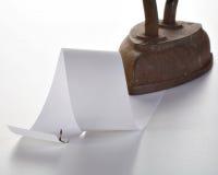 button den gammala paper remsan för järn royaltyfri foto