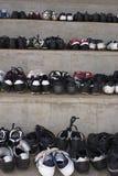 buty ścisłą starą piłkę obraz stock