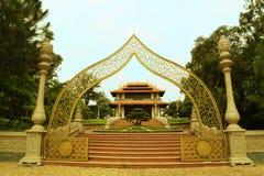 Buu长的入口寺庙在胡志明市,越南 库存照片