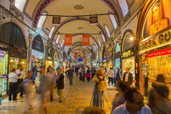 Buyers of t tourists on the Grandee Bazare in Istanbul. Royalty Free Stock Photos