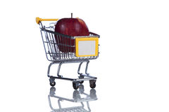 Buying apples at the supermarket Royalty Free Stock Photos