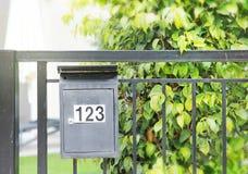 Buzón al aire libre letterbox fotografía de archivo