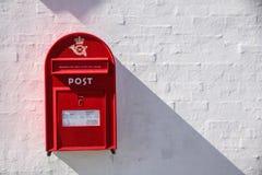 Buzón rojo danés Fotos de archivo libres de regalías