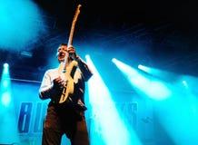 Buzzcocks (engelsk punkrockmusikband) utför på FIB på Juli 14, 2012 i Benicassim, Spanien royaltyfria bilder