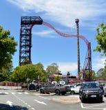 Buzzsaw och tornet av fasarittdragningar på dreamworlden parkerar Royaltyfri Fotografi