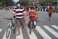 Być ubranym maskę Fotografia Stock