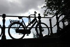 Bycicle剪影 库存图片