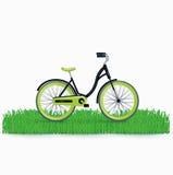 Bycicle на траве изолированной на белизне Бесплатная Иллюстрация