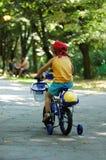 Bycicle Fahrt Lizenzfreie Stockfotos