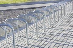 Bycicle-Parken Lizenzfreie Stockfotos