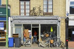 Bycicle shop in Cambridge stock image